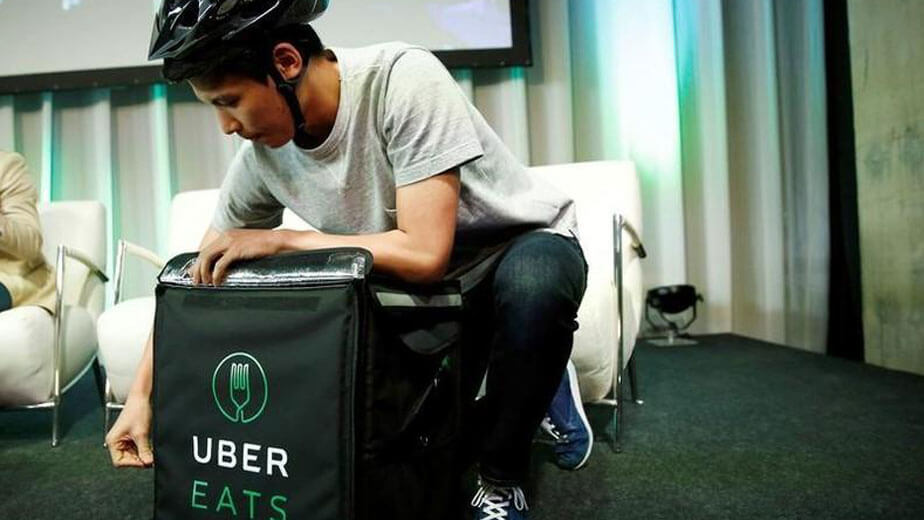 Uber Eatsで働くための手続きについて